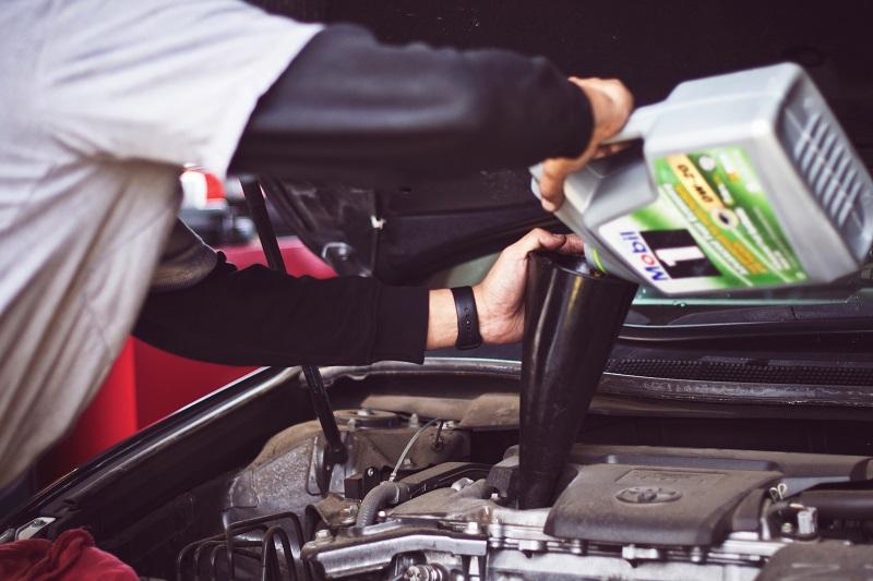 Motorno ulje služi za zaštitu i ispravan rad motora